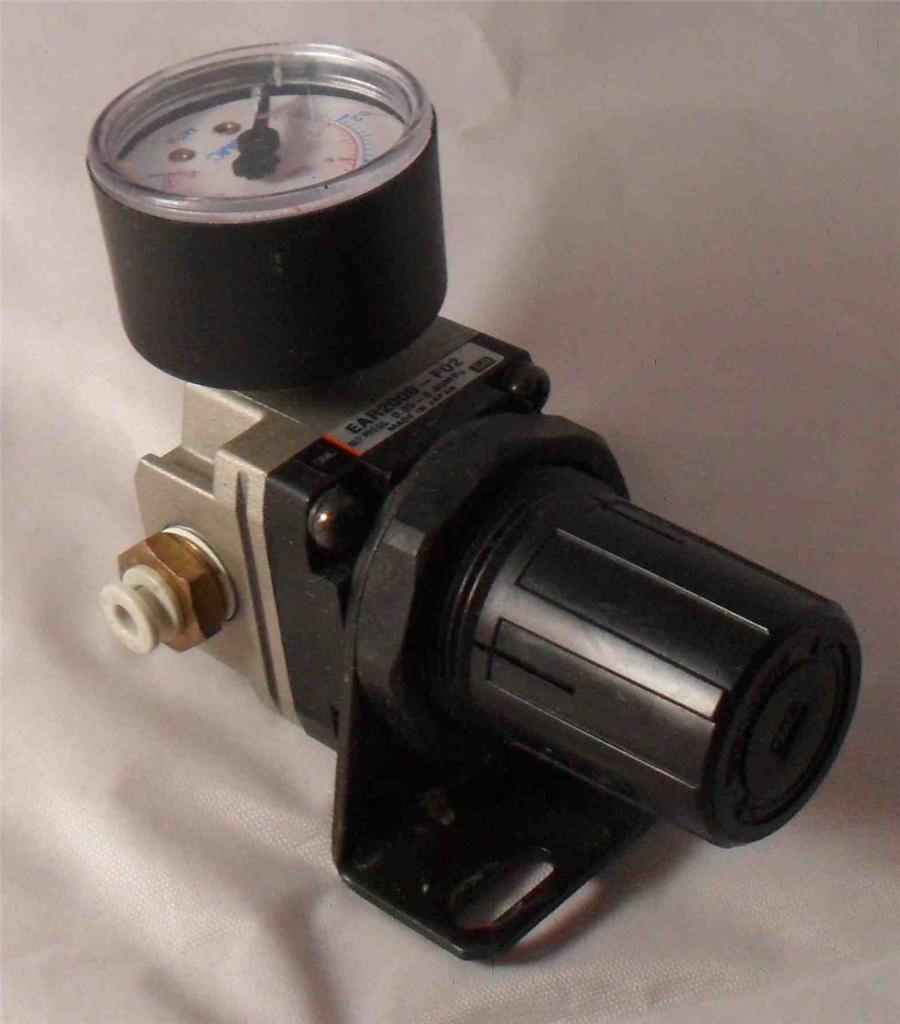 SMC EAR2000-F02 Regulator W// Gauge Lot of 2